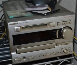 ONKYO CD/MD コンポ FR-V3